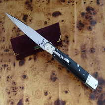 Italian switchblade cm 12 by Lelle Floris